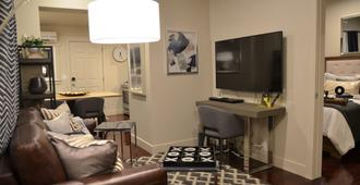 Business Ready - New - 1 Bedroom Near Liberty Park - Salt Lake City - Wohnzimmer