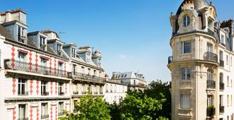 Hotel Du Mont Dore - Paris - Außenansicht