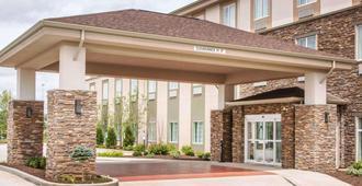 Sleep Inn and Suites Parkersburg-Marietta - Parkersburg