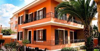 Villa Marogna Rooms And Breakfast - Alguer - Edificio