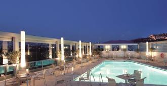 Radisson Blu Park Hotel Athens - Athens - Pool