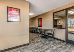 Econo Lodge - West Memphis - Lobby
