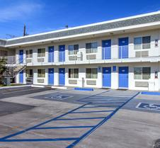 Motel 6 Phoenix Airport