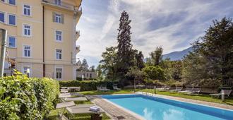 Hotel Kolping Meran - Merano - Pool