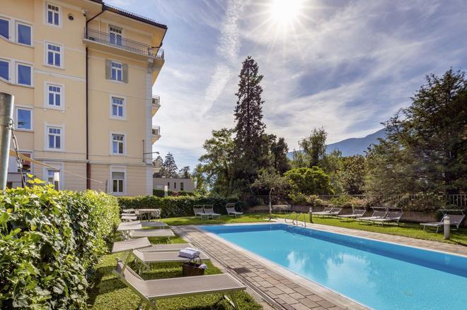 Hotel Kolping Meran - Merano - Bể bơi