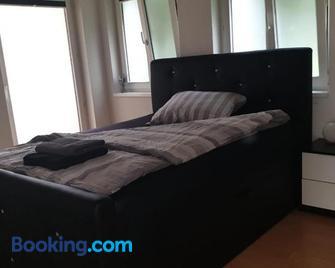 3 Bedroom Apartment In Arbon - Arbon - Bedroom