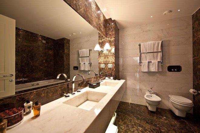 The First Roma Arte - Rome - Phòng tắm