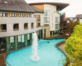 Osprey Hotel - Naas - Building