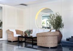 Bondiahotels Augusta Club Hotel & Spa - Adults Only - Lloret de Mar - Σαλόνι