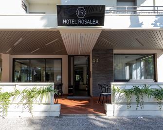 Hotel Rosalba - San Mauro a Mare - Gebouw