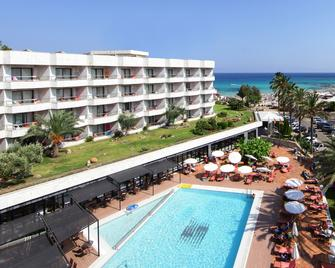Hotel Serrano Palace - Cala Ratjada - Praia