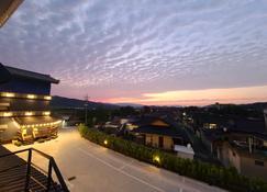 Silla Family Hotel - Gyeongju - Vista del exterior