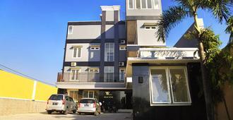 Walan Syariah Hotel - Sidoarjo