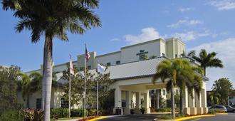 Homewood Suites by Hilton Ft.Lauderdale Airport-Cruise Port - Dania Beach