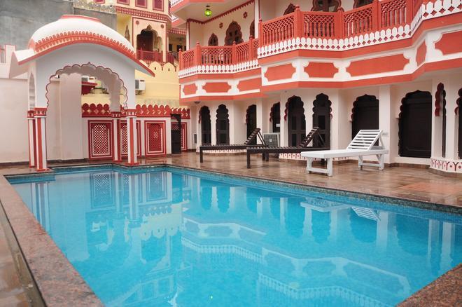 Hotel Sajjan Niwas - Jaipur - Pool