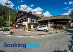 Hotel Gran Baita - Gressoney-Saint-Jean - Building