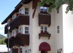 Blackbird Lodge - Leavenworth - Building