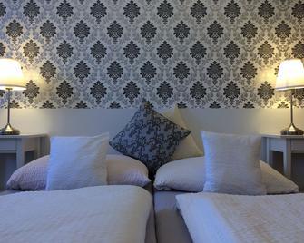 Hotel Grand Tabor - Tábor - Schlafzimmer