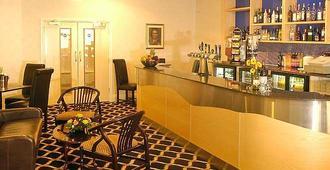 布列塔尼亞伯恩第斯酒店 - 波茅斯 - 伯恩茅斯 - 酒吧