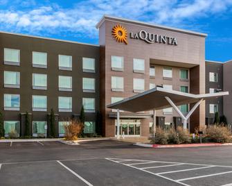 La Quinta Inn & Suites by Wyndham Odessa N. - Sienna Tower - Odessa - Gebouw