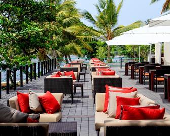 Centara Ceysands Resort & Spa Sri Lanka - Бентота - Ресторан
