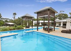 Beach Road Holiday Homes - Noosa North Shore - Pool