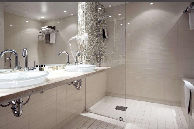 Clarion Hotel Sign - Stockholm - Bathroom