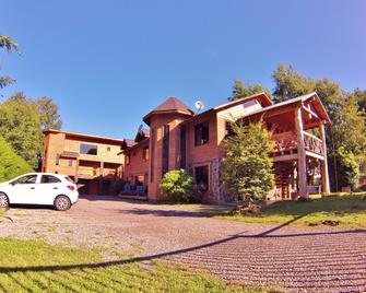 Hostal Andes Pucon - Pucon - Edificio