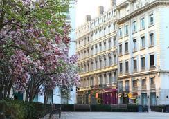 Hotel des Celestins - Lyon - Näkymät ulkona