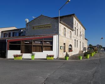 Relais de Saintonge - Saint-Fort-sur-Gironde - Building