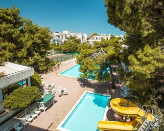 Hotel Mediterraneo - Vieste - Bể bơi