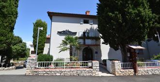 Villa Baron Gautsch - Rovinj - Building