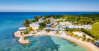 Jewel Paradise Cove Adult Beach Resort & Spa - Runaway Bay - Beach