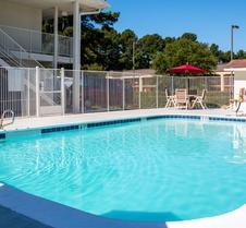 Motel 6 Longview, TX