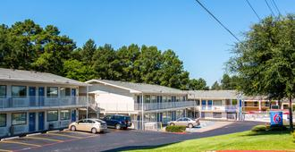 Motel 6 Longview - Longview - Edificio
