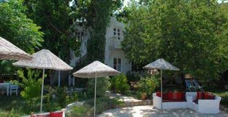 Narli Pansiyon - Selimiye - Edificio