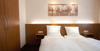 Hotel Empire - Luxembourg - Bedroom