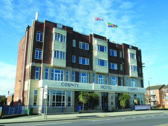 County Hotel Skegness - Skegness - Building