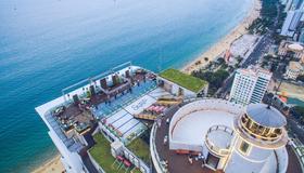 Premier Havana Nha Trang Hotel - Nha Trang - Terrasse