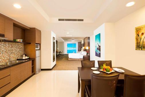 Premier Havana Nha Trang Hotel - Να Τρανγκ - Τραπεζαρία