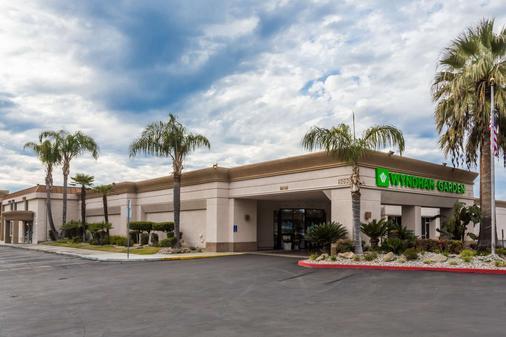 Wyndham Garden Fresno Airport - Fresno - Building