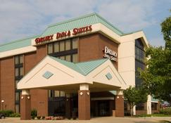 Drury Inn & Suites Champaign - Champaign - Bina