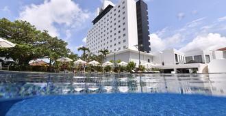 Art Hotel Ishigakijima - Ishigaki - Piscina
