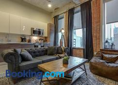Jurny - Downtown Dallas Apartments - Dallas - Living room