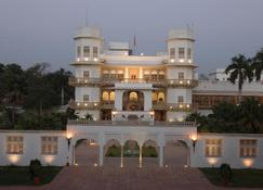 Taj Usha Kiran Palace Hotel - Gwalior - Building