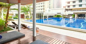 Pullman Jakarta Indonesia - Jakarta - Pool
