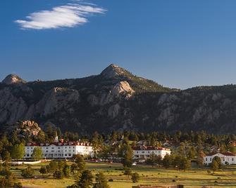 The Stanley Hotel - Estes Park - Building