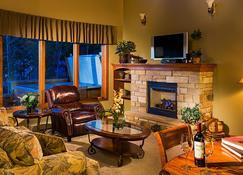 The Stanley Hotel - Estes Park - Living room