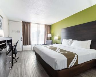 Quality Inn & Suites - Vandalia - Schlafzimmer