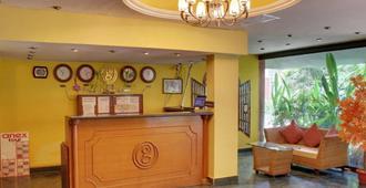 Goveia Holiday Resort - Candolim - Front desk